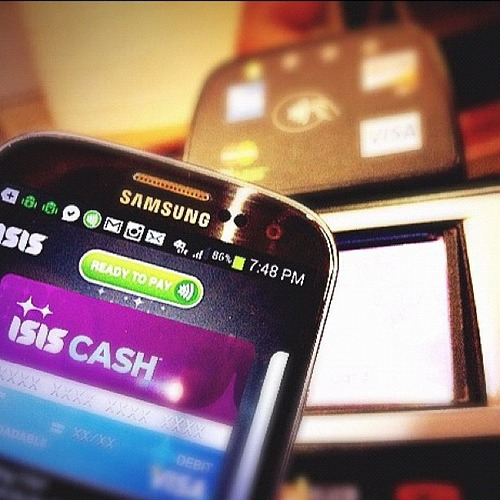#ATTisis mobile wallet close up : touch phone to pay & go.