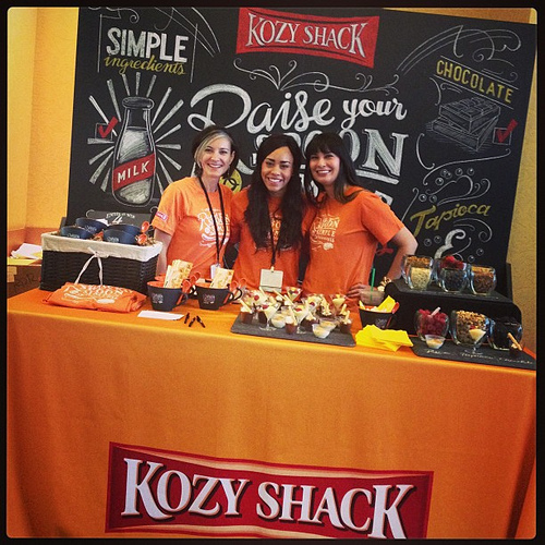 Love the @kozyshack booth! #orange #blogherfood