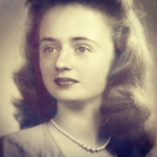 Aunt Ettie  so pretty. Missed her today.