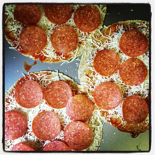 Tortilla Pizzas #quick #easy #lunch
