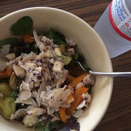 Day 2 #17daydiet (Lunch: chef salad with Boars Head turkey, blueberry cheese, olive medley, orange sweet peppers, parsley, and organic spring mix)