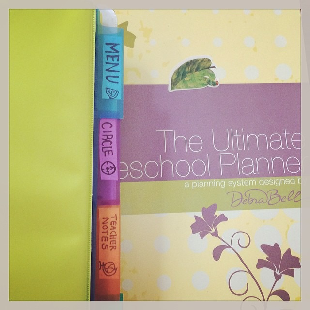 planner and binder detail