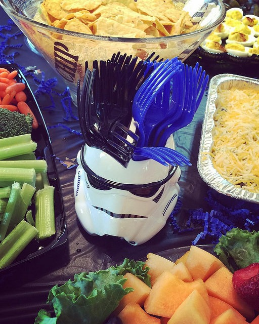 Star Wars Party Centerpiece by @Sprittibee