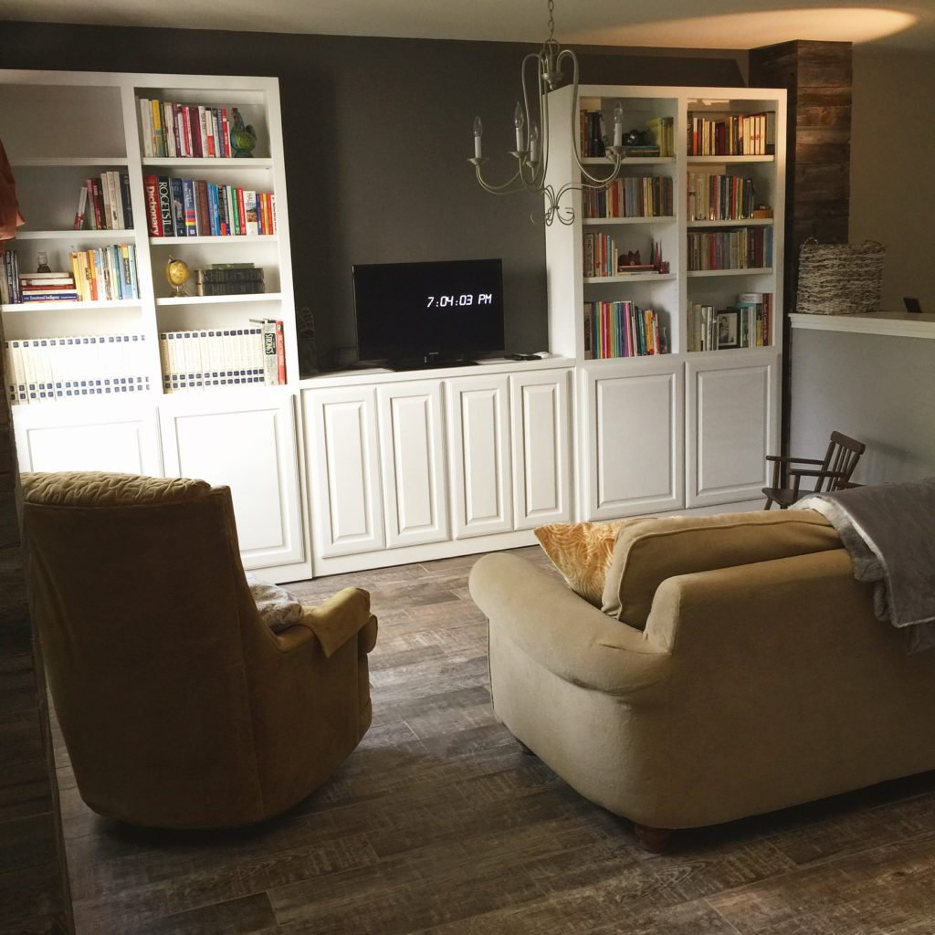 Cowgirl Renovation - Part 1 - Dining to Living via @Sprittibee