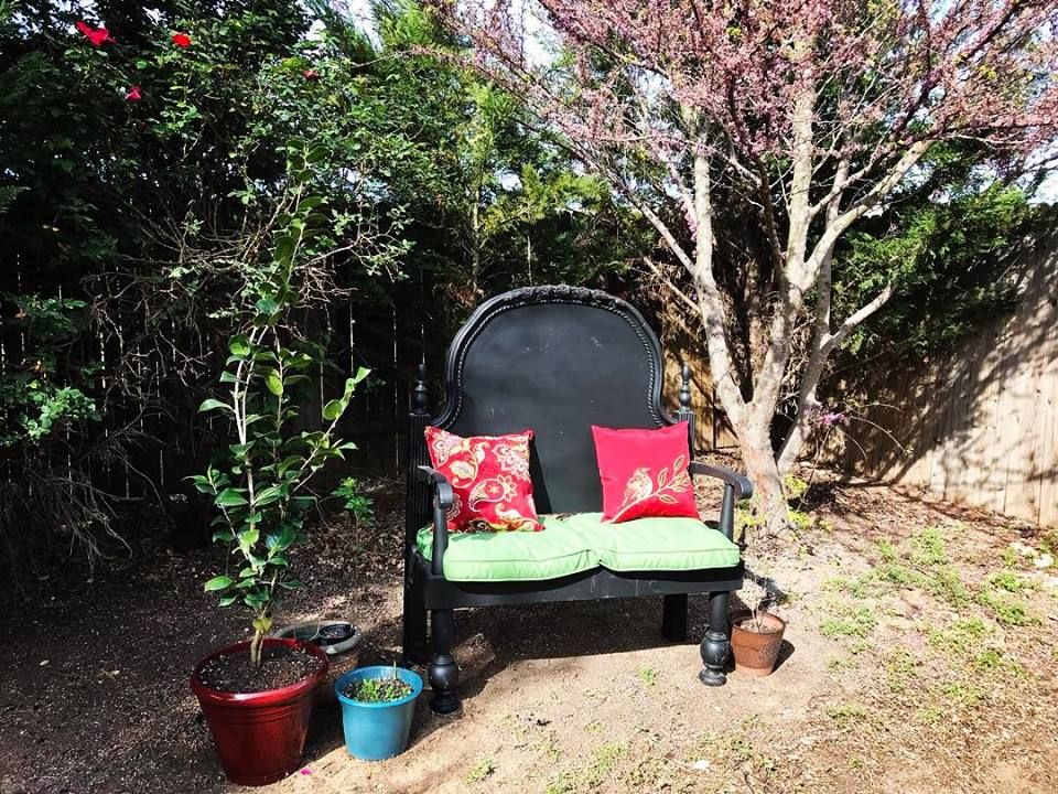 Sprittibee's Back Yard Bench